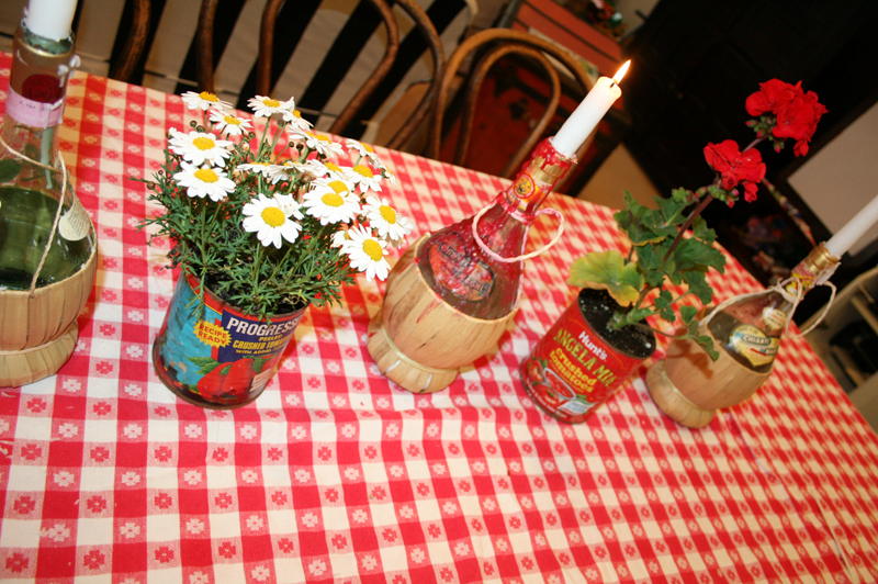 Chianti candle bottles cakes likes a party for Italian decoration food