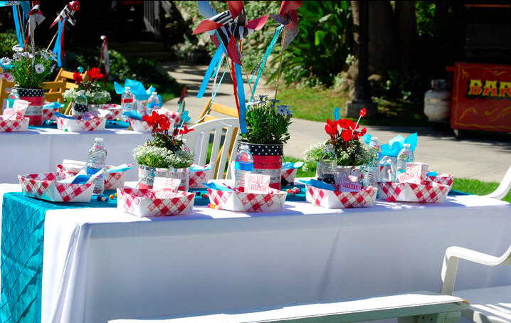 Circus Themed Table Decorations Part - 40: While ...