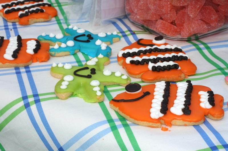 First birthday party beach theme cakes likes a party for Fish themed party food